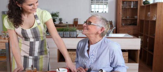 Bien choisir son prestataire d'aide à domicile
