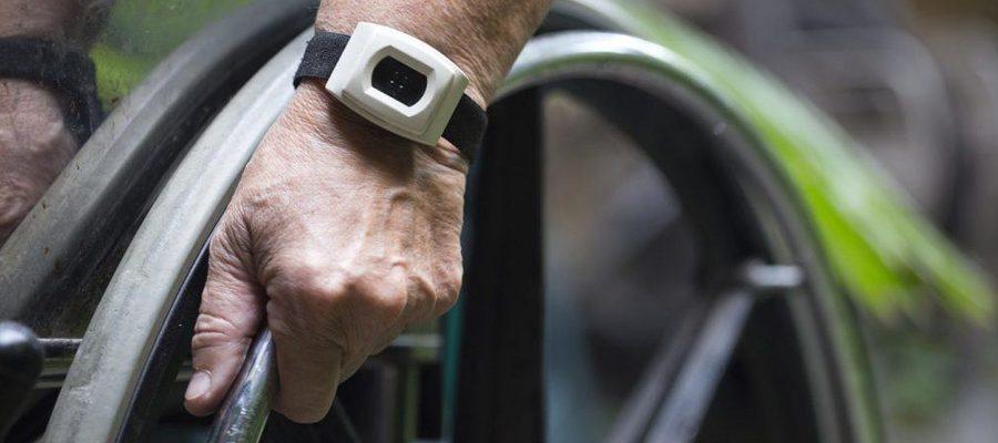 Bracelet alarme senior